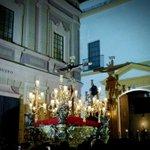Exquisito final del Lunes Santo con las tres cofradías del barrio de San Vicente... @Hdad_Museo #SSanta15 #Sevilla http://t.co/C8JYKSHT6x