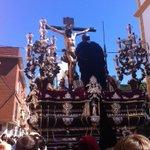 La hermandad de @DoloresdelCerro camino de la Catedral @canalsurradio1 http://t.co/o56wRWmD6Z