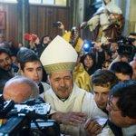 #encuestaCooperativa Iglesia Católica: 73% le tiene poca o ninguna confianza http://t.co/8rOXxuSZ17 http://t.co/TpHJjeBikx