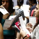 Critican creación de impuesto a titulados para financiar la gratuidad en la educación superior http://t.co/NmnRaBZefj http://t.co/RsOBwpGTOe