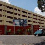 Insolito @NotiEspartano Sacan a 200 adultos mayores para traer indigentes al geriátrico de Caricuao    http://t.co/stdRqVJAqz
