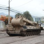 """Material de Ingenieros de la 3ra. Brigada Acorazada """"La Concepción"""" limpiando las calles de Copiapó http://t.co/pnZYbPfP0n"""