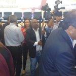 Com evento lotado,chegam para abertura da Agrotins o Governador Marcelo Miranda e @claudialelis43 #Agrotins2015 http://t.co/CGW0saus5y