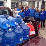 #Atacama Equipo DR #Corfo #Tarapacá llega con ayuda a #Copiapó a DR Atacama. Agua purificada y medicamentos. http://t.co/ZQqbSKkSgX