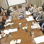 Cámara dilata votación de informe sobre Cascadas-SQM http://t.co/07BClaMaBv http://t.co/abEvNdKVMB