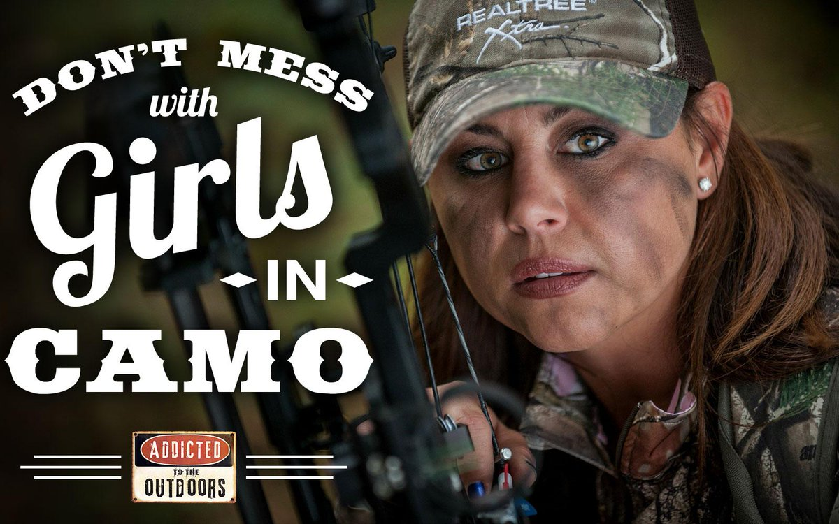 Livin' the @Realtree life! @JonBrunson @GinaBrunson http://t.co/JGlrc36RC4