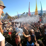 "#Coachella says ""get over your selfie."" Festival banning selife sticks - story on #TodayinLA http://t.co/3ZeHc0DeSv http://t.co/ID6u2cD9uY"