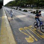 Paro general en Argentina detiene todo el transporte público en Buenos Aires. Los detalles en http://t.co/nGQwGFQRzd http://t.co/YWLlAGNZPb