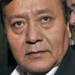 """""""El Mar es de Bolivia"""": La leyenda que mostró ministro boliviano mientras ayudaba en Copiapó http://t.co/aqWRmAnpjM http://t.co/cIh7t8W1pP"""