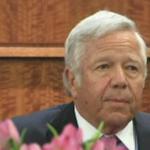 WATCH LIVE: #Patriots owner Robert Kraft testifies in the #AaronHernandez trial: http://t.co/7QHfK2eJbm http://t.co/dMo1I4cmRH
