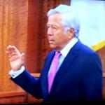#Patriots owner Robert Kraft is sworn in to testify in Aaron #Hernandez trial. http://t.co/N06zuIUjZU