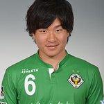 先制点のアシストとなるクロスを上げた東京ヴェルディ安在和樹選手は、東京都国立市出身。高卒3年目の左サイドバックです。 http://t.co/txIoovoTK6 #verdy #daihyo http://t.co/GCdWta3O1b