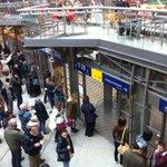 #Niklas: Münchner Hauptbahnhof wurde geräumt. http://t.co/7FY48lw9Db