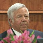 """""""He said he was not involved, that he was innocent"""" -- Robert Kraft at Aaron Hernandez trial http://t.co/NnhCykSMzL http://t.co/J16JujmZnP"""