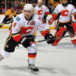 The Calgary Flames Kris Russell has been nominated for the Masterton Trophy: http://t.co/Zlr93c2Yk4 #sports http://t.co/1cj8IDydB1