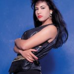 I can't believe it's been 20 years! Can you help me trend #SelenaForever? Let's do it! RT http://t.co/vBdx2b4Nar