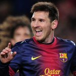 Torcedor do @FCBarcelona personaliza carro em homenagem a Messi; veja em http://t.co/nj0FGqljHD http://t.co/1dn2d0cr1I