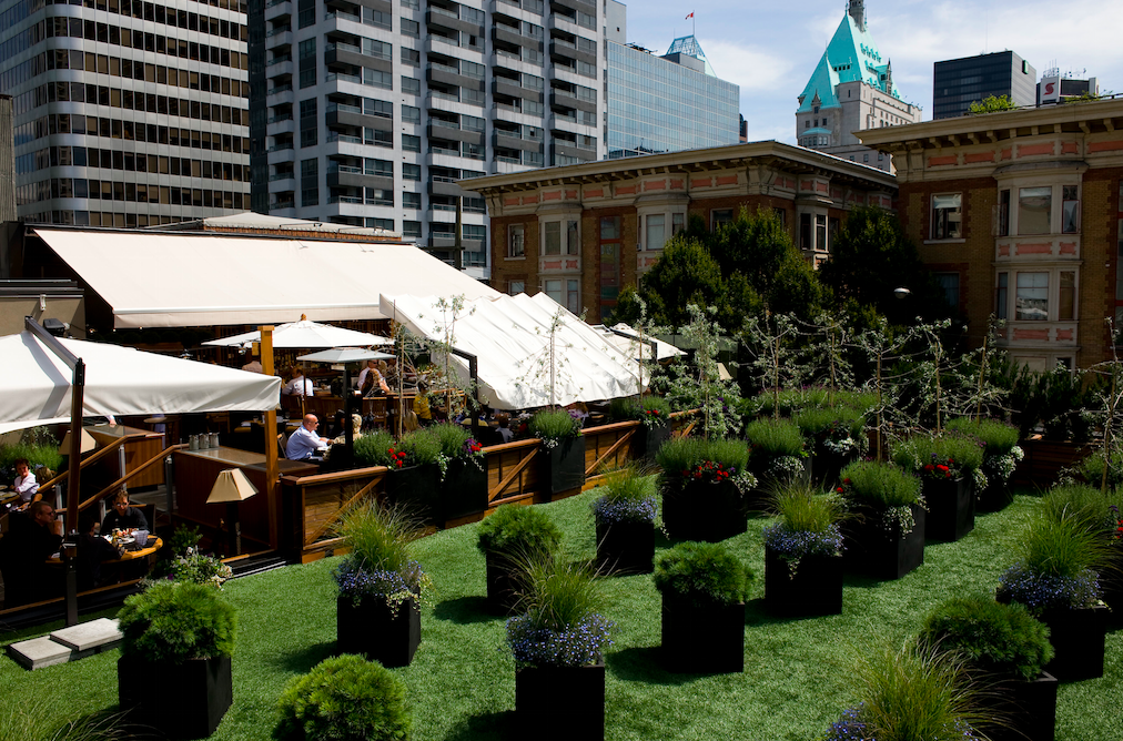 TODAY IS THE DAY! Our famous rooftop patio opens today, see you soon for lunch! #PatioSeason http://t.co/YTnUvh5aLX