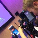 Vanavond aan het filmen bij spreker @BenTiggelaar_BT op de @HANFEM #FEMknowledgetour http://t.co/uPfVzh1SFi