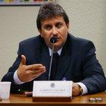 'Odebrecht entregava dinheiro vivo no meu escritório', afirma doleiro da Lava Jato http://t.co/VnPi7OVEfH http://t.co/CGe82jIDR2