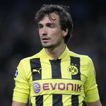 Mats Hummels has addressed those #MUFC transfer reports. http://t.co/kcX8I2W4En http://t.co/ITcDWQXcjR
