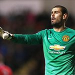 """Victor Valdes insists hes """"happy"""" at #MUFC as he awaits a first-team debut http://t.co/Xez1YXxMaX http://t.co/hpXx1ZZ3pq"""