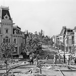 PHOTOS: A look back at the construction of Main Street, U.S.A. http://t.co/mX1yFHatvt http://t.co/Bqw1coMWRL