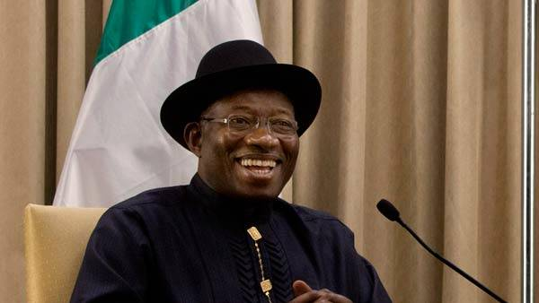 I thank you President Jonathan for setting a great example. Nigerians deeply appreciate your congratulatory gesture. http://t.co/FTNoW5f4FN