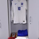 PHOTOS: More snaps from inside the @England and @azzurri dressing rooms prior to the game. KO is 7.45pm BST #ITAvENG http://t.co/OrBQfFCI2m