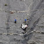 Lufthansa: Co-pilot told flight school of depressive episode http://t.co/nAGffEXlN5 #miami http://t.co/ntNfuGbCDM