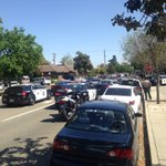 Heavy police presence near Fresno and S. Possible hostage situation - unconfirmed http://t.co/amyy47sbJd