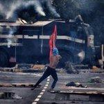 شعب متمسكٌ بجذوره وهويته ومقاومة متوكلة على الله معتمدة على نفسها طريقنا للنصر والتحرير #البحرين  @Jasem_kuw http://t.co/7ylnST8OQH