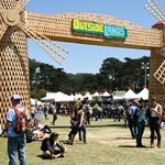 Outside Lands releases daily lineups! http://t.co/VRd16cvw4K http://t.co/Oh38Q1aoLO