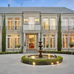 Suburb record smashed by $5.8m home, reports @ChristinaZhou44 @theage http://t.co/6VdAKd67Si http://t.co/HybYkPknw8