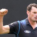 Kyle Mills chucks it in  .@kylemills79 to retire from all cricket - full release: http://t.co/PpduzVlQtg … ^RI http://t.co/FLlJvOexyn