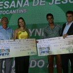 @T1_NOTICIAS levando duas premiações @CharlyneSueste e @eduardoazev Parabéns! #premio @sistemafieto http://t.co/xP3fpNGEJ3