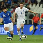 Do you agree with the England player ratings? It doesnt make good reading for Phil Jones... http://t.co/RBOHzepef0 http://t.co/uXXNuAnuiQ