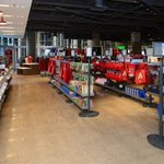 The #Dbacks Team Shop has reopened and its part of a larger makeover at Chase Field: http://t.co/vhmrep0L8S http://t.co/4UhppapdSz