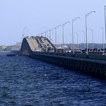 Breaking News: search under way for possible jumper from 3 mile bridge #pensacola #news @pnj http://t.co/J0HCTKrb1t