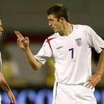 Should @carras16 now be first choice for Englands midfield? #mufc http://t.co/YAo5TrDPVU
