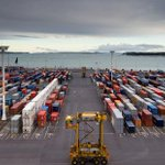 Auckland Council has told Ports of Auckland to halt construction of two huge wharf extensions: http://t.co/PGLP8HlqEM http://t.co/DhrUn85sbR