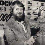 The NYT obituary for Gary Dahl, the inventor of the pet rock http://t.co/IIdUwMHVmj http://t.co/DxIHO8kXB8