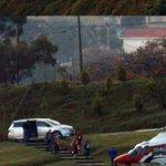 Vecinos captan a Korenfeld en un helicóptero de la @conagua_mx, con niños y maletas http://t.co/YFeBPFo4ed http://t.co/mrskJG93gt