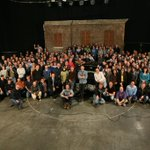 We took a Season 10 cast/crew photo today in set. Waddaya think? :) #SPNFamiIy http://t.co/W65LAl3ZjS