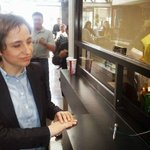 Carmen Aristegui presenta queja ante la CNDH. http://t.co/wY9YEMVg1R http://t.co/GTWI4dCATK