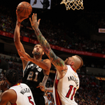 Kawhi Leonard (22 pts, 9 rbs) and Tim Duncan (12 pts, 11 rbs) lead the @spurs past the @MiamiHeat, 95-81. http://t.co/IL8A85WkRF