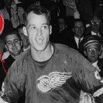 Happy birthday, Mr. Hockey: Gordie Howe turns 87 http://t.co/KCyuGUKhsl http://t.co/6ENYihxJBa
