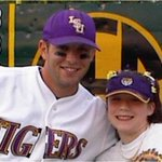 Wally with my daughter, she was in Jr. High He was alway her favorite #WallyPontiffJr #31Always #LSU @LSUbaseball http://t.co/HVQ3dT0icx