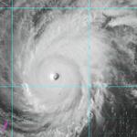 Super typhoon Maysak to weaken as it enters PAR. Details on #ThewRap: http://t.co/IdtBaMTG50 http://t.co/GpAuMYuv7W