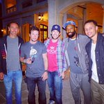 """Steph Curry and other Warriors players were shown a private screening of the """"Entourage"""" movie http://t.co/nlXHF2Jaf8 http://t.co/eJh0yJ65w1"""